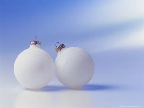 Wallpaper-christmas-ornaments-white in Beautiful Christmas Pictures and Creative Christmas Designs