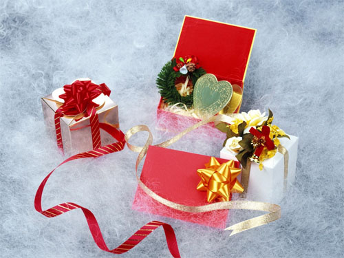 Wallpaper-christmas-presents-white in Beautiful Christmas Pictures and Creative Christmas Designs