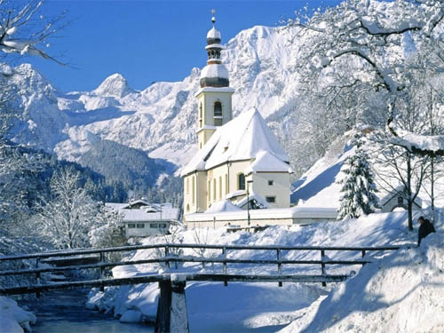 Wallpaper-winter-landscape-snow-church in Beautiful Christmas Pictures and Creative Christmas Designs