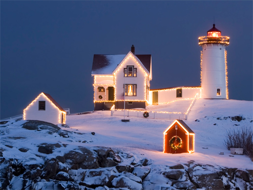 Wallpapers-winter-christmas-lighthouse in Beautiful Christmas Pictures and Creative Christmas Designs